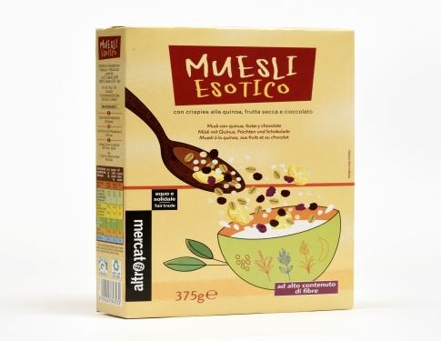 Muesli quinoa, frutta secca e cioccolata