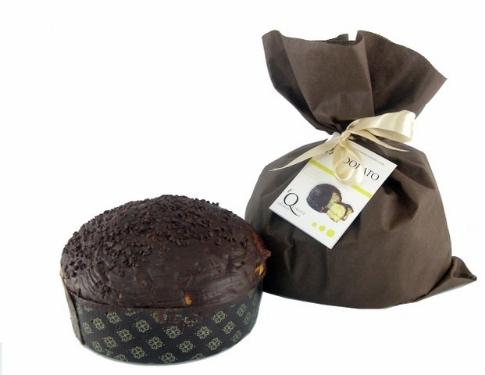 Pandorato Ricoperto Di Cioccolato Farcito Con Crema Di Limoncello